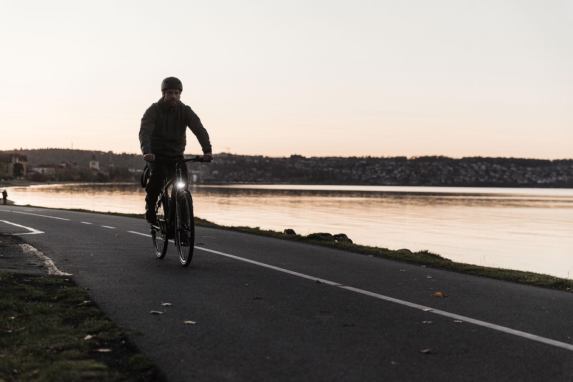 tillbehör-cykelbelysning-cykelväskor-vinterdäck